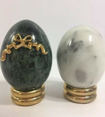 Franklin Mint Treasury Eggs Collection 2 Polished Marble Egg Plus Stands