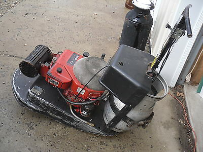 "Pioneer Superbuffer 2100  21"" Propane LP Floor Buffer gas works,2 tanks,1 full"