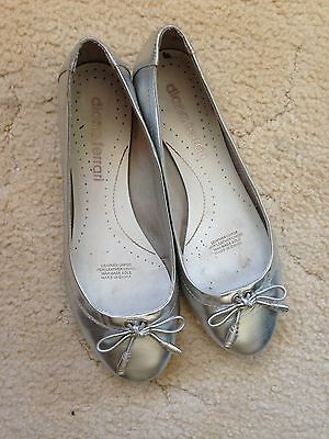 Women's Size 7 Leather Silver Diana Ferrari Shoes