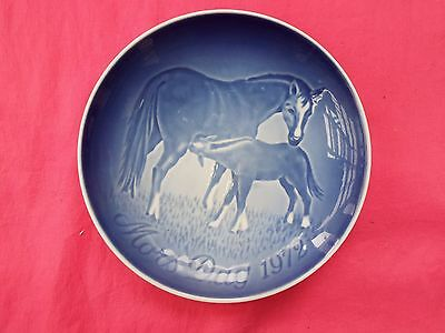 BING & GRONDAHL Copenhagen Horse Plate Mother's Day 1972 MARE and FOAL