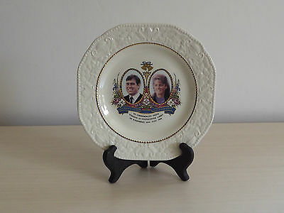 Prinknash Pottery Plate ~ Marriage of Andrew & Sarah 1986
