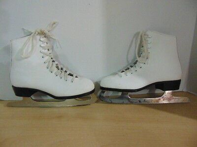 Figure Skates Childrens Size 2 CCM Competition Minor Wear and Marks