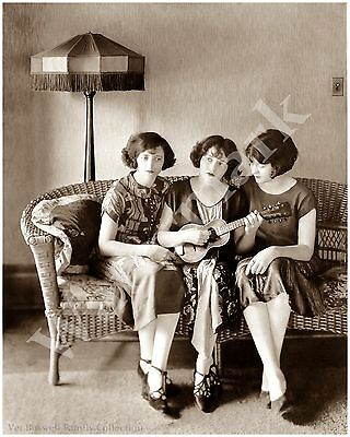 Boswell Sisters w/Uke First Record for Victor Pose 1925 5x7 matted to 8x10 #T43