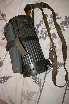 german ww2 M38 gas mask,canister (genuine) and gas cape bag