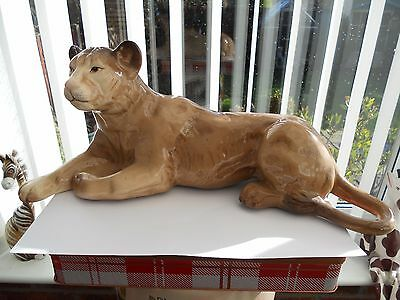 Large Melba Ware Lioness