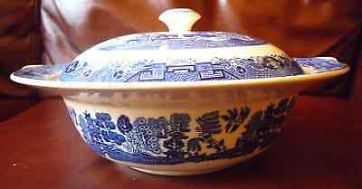 Victoria Porcelain Fenton Blue Willow Pattern Tureen Covered Dish