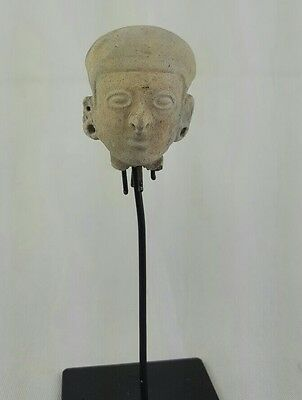 Minerva Gallery - Pre-columbian Jamacoaque Pottery Head with Stand
