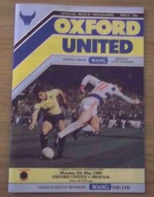 OXFORD UNITED v ARSENAL 1st DIVISION PROGRAMME 5th MAY 1986 VERY GOOD CONDITION