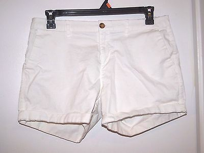 Old Navy Size 10 Womens Soft Cotton White Shorts