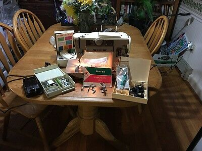 SINGER SLANT-O-MATIC SEWING MACHINE 401A Manual, Accessories, And More!! Amazing
