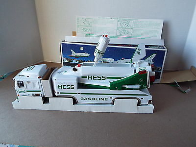 1999 Hess Toy Truck & Space Shuttle with Satellite New in the BOX