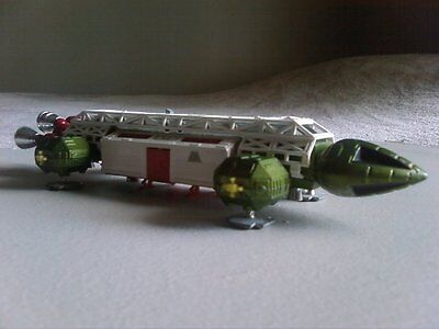 Vintage Dinky Toys Space 1999 Eagle Transporter Green 1974 Great Condition