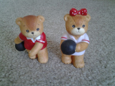 LUCY & ME 1982 BOWLING COUPLE BEAR FIGURES with BOWLING BALLS vintage by ENESCO