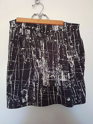 Women's Mink Pink Black Patterned Skirt Size M EUC