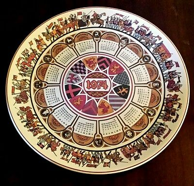 Wedgwood 1974 'Camelot' retro calender year decorative plate