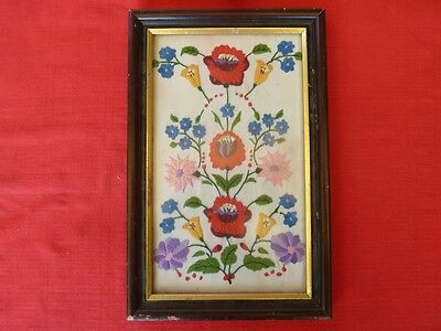 Framed Floral Embroidery, Stiching, Needlecraft.