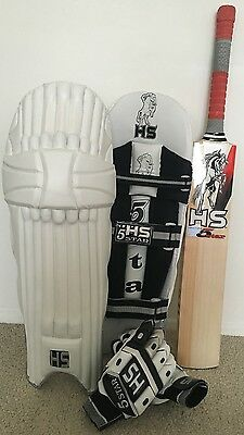HS 5 Star Cricket Bat Pads And Gloves PACKAGE DEAL RRP £300 NOW£150 SAVE REDUCED