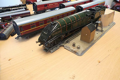 Hornby 00 Train 60016 And Mail Coaches