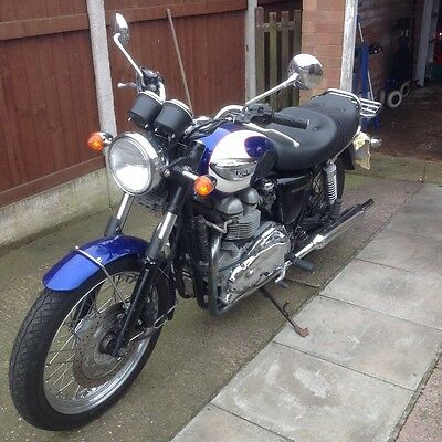 Triumph T100 motorcycle SOLD  SOLD