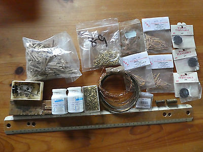 Box of Railway Modelling bits & pieces mostley N gauge.