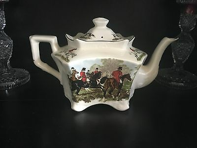 Staffordshire England Hunting Dogs and Horses Cream TEAPOT Royal Crownford