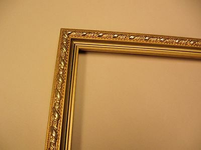Gold picture frame moulding - 72 feet