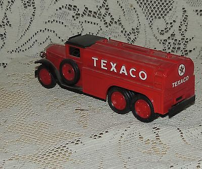 TEXACO  #7 IN SERIES - 1930 DIAMOND T TANKER - DIECAST BANK by ERTL #9330