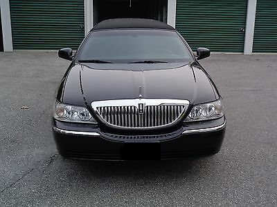 2007 Lincoln Town Car Limo Limousine