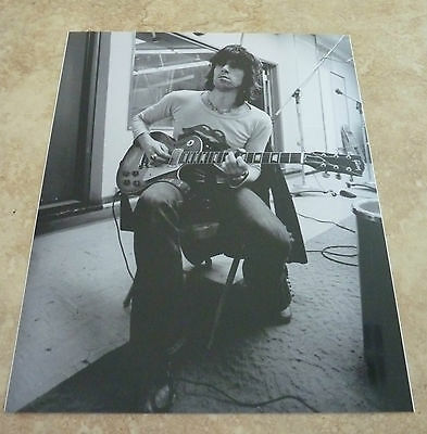 Keith Richards Rolling Stones Young Metallic Luster Finish B&W 8x10 Photo