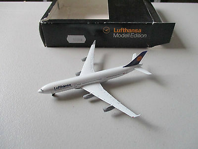 Herpa Wings  516518 Lufthansa A340-200  Version 2