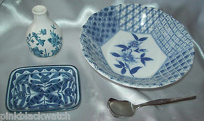 Blue & White Collection Made In Japan Bowl & Spoon Miniature Edo Dynasty Vase