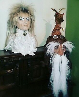 Labyrinth wise man head lifesize