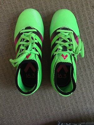 Boys Adidas Soccer Boot Shoes Size UK 13.5