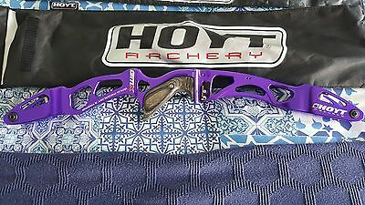 Hoyt GMX Recurve Bow - Right Hand Riser