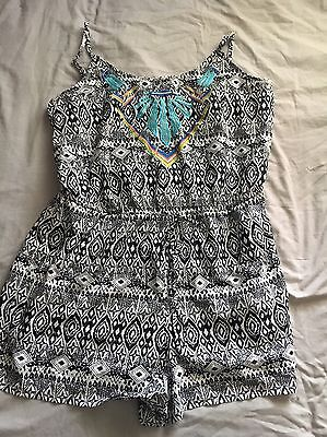Black And White Print Playsuit Size 20 With Bright Detailing Feature