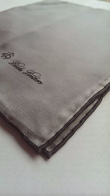 Luxury Brooks Brothers Grey Silver Silk Pocket Square Handkerchief Hand Rolled