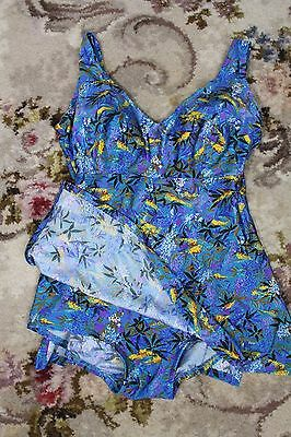 Vintage swimsuit / size S - M / 50s style swimming costume / vintage one peic /
