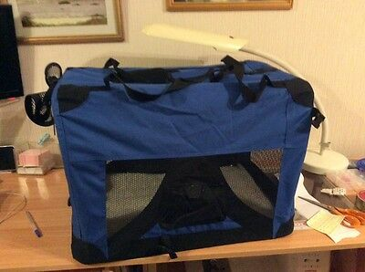 Folding soft travel dog kennel medium size.for safe travelling with your pet