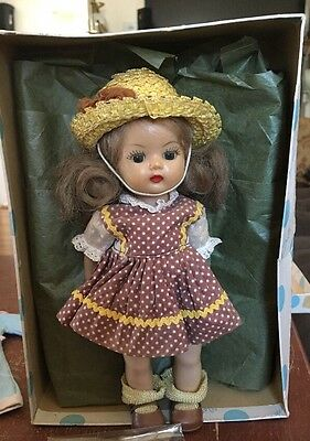 VINTAGE 1950s NANCY ANN MUFFIE DOLL 8 INCHES TALL WITH BOX AND ACCESSORIES