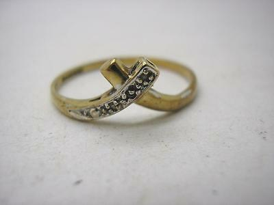 Vintage Hallmarked 9ct Gold Natural Diamond X/Over Ring size S