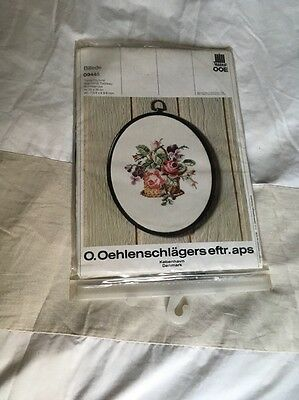 New Embroidery Kit And Frame -Flowers