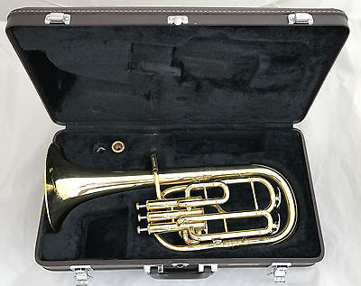 YAMAHA YAH-602 Professional Eb Alto Horn incl. Case and Denis Wick 2 Mouthpiece