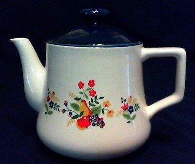 """Vintage French Country Teapot 5 Cup, 6-1/2"""" Tall, Japan Excellent"""