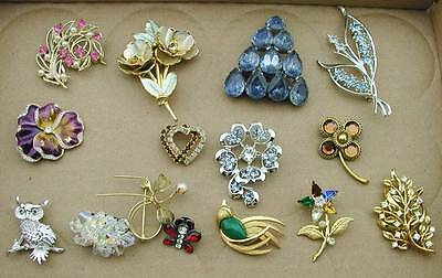 Huge Vintage Mix Lot of 14 Rhinestone Pin Brooches Few Signed