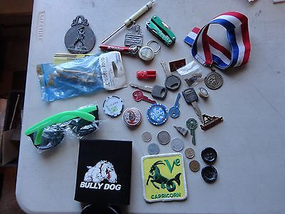 JUNK DRAWER COLLECTIBLES LOT keys coin pins cabelas pocket tool  capricorn patch