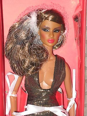 Fashion Royalty doll FR2 Gloss Convention NUFACE Tantalizing Dominique NRFB****