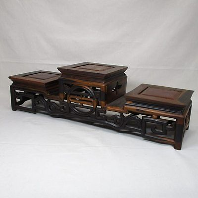 G537: Chinese KARAKI wooden three tiers of decorative stand with good taste