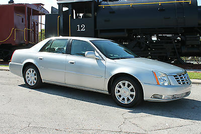 2009 Cadillac DTS Ultimate American Luxury 6-Passenger Touring Sedan 2009 Cadillac DTS-Florida owned & driven-Cadillac Certified-Lowest Mileage in US