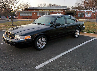 2007 Ford Crown Victoria  2007 Ford Crown Victoria Police Interceptor