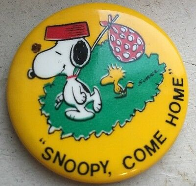 Vintage Snoopy and Woodstock Peanuts Pinback Snoopy Come Home